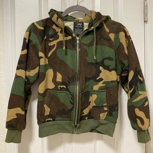 Rothco camo zip up hoodie